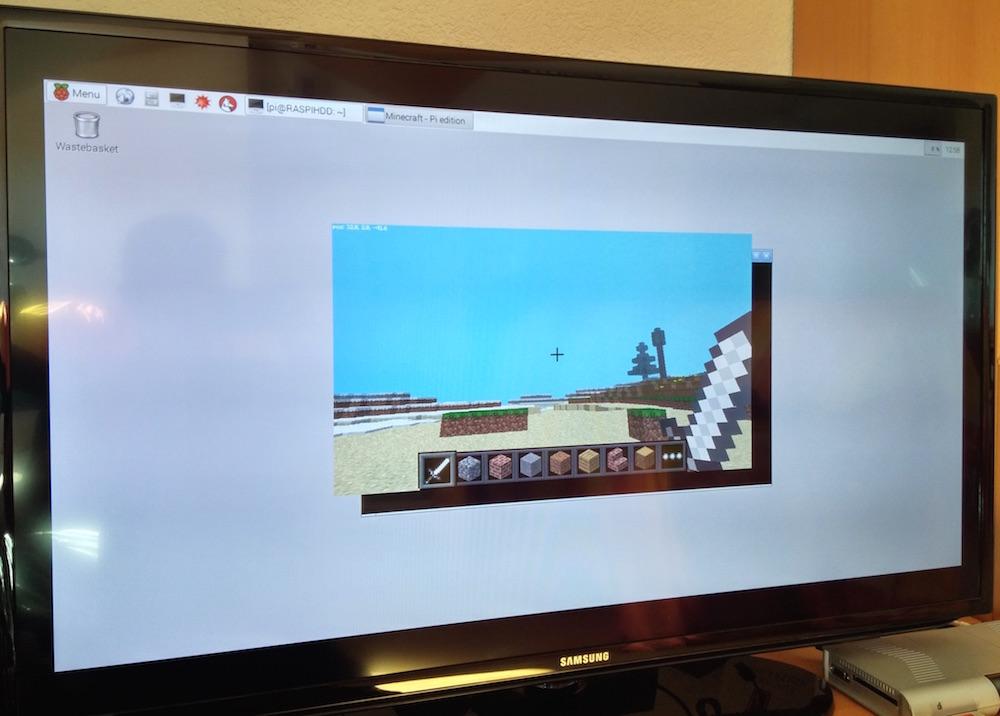 Minecraft unter Raspbian angepasst für den Raspberry Pi (Bild: Copyright Benjamin Blessing).