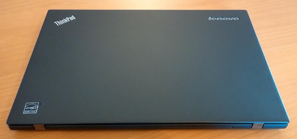 Oberseite des Lenovo ThinkPad T450s (Bild: Copyright Benjamin Blessing).