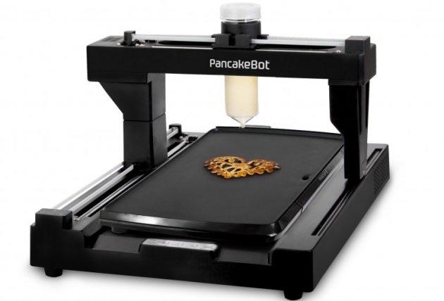 Der PancakeBot druckt Pfannkuchen im Design eurer Wahl (Bild: Kickstarter).