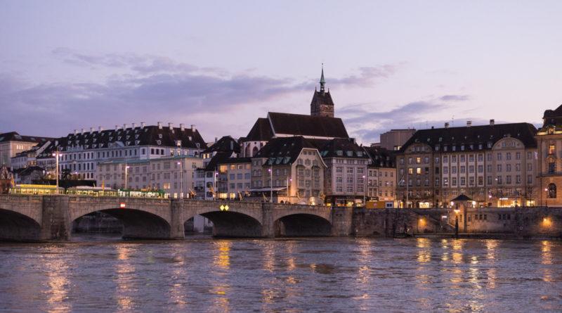 Basel am Fluss Rhein