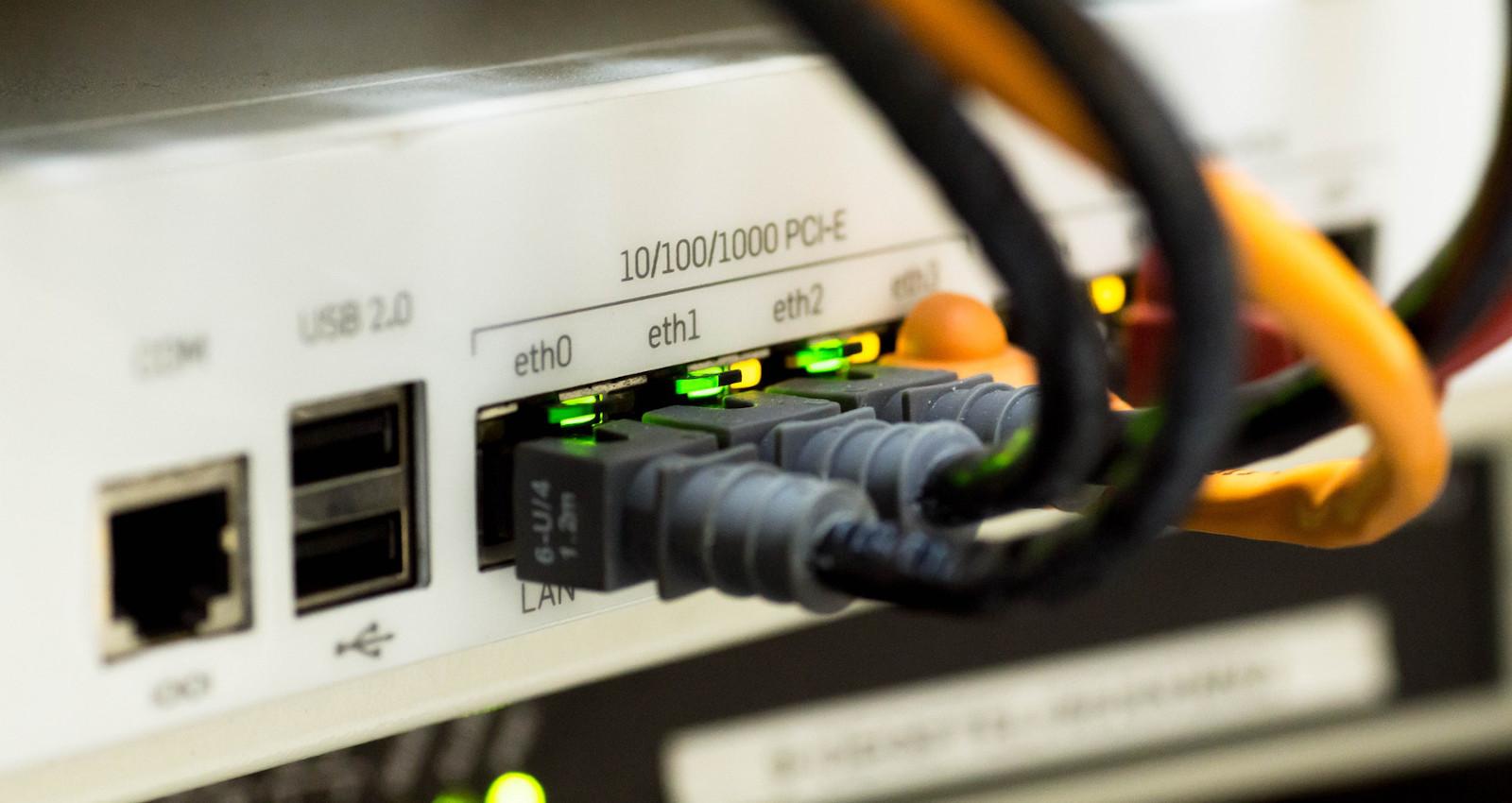 DynDNS einrichten: Domain auf eigenen Webserver weiterleiten