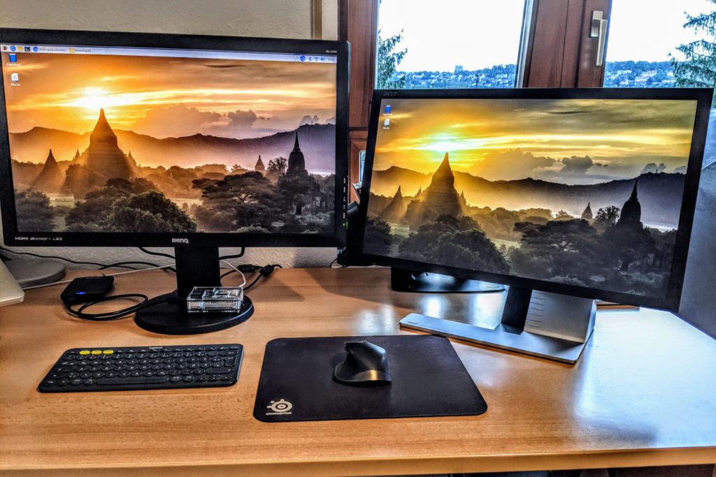 Raspberry Pi 4 mit zwei Bildschirmen